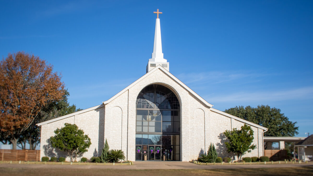 churches that help with utilities